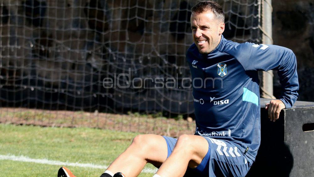 """Montañés: """"Nos hemos quitado un peso de encima, el CD Tenerife logró una victoria merecida"""""""