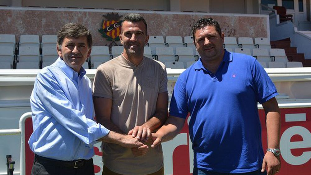 Manolo Martínez y su nueva vida ligada al primer rival del CD Tenerife
