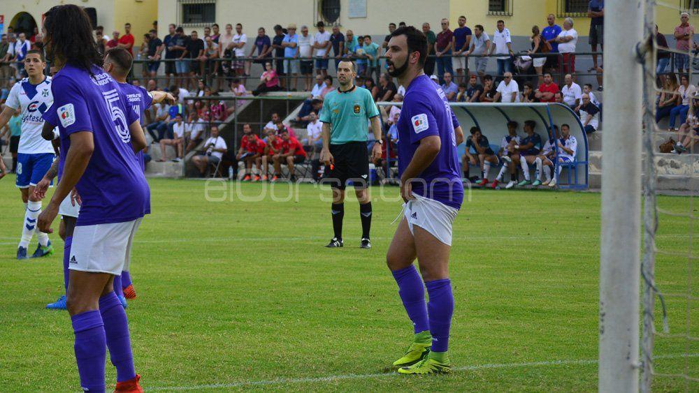 El CD Tenerife B sufre su primera derrota de la temporada, a manos de la UD Ibarra