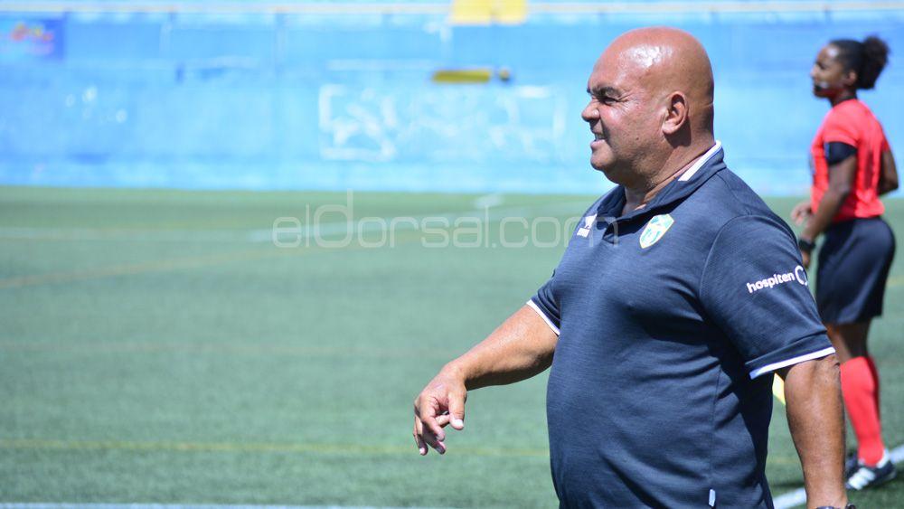 Ayala entona el 'mea culpa' en la derrota de la UDG Tenerife ante la Real Sociedad