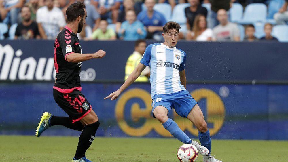 Álex Mula se estrenó como titular ante el CD Tenerife, y se rompió el menisco externo