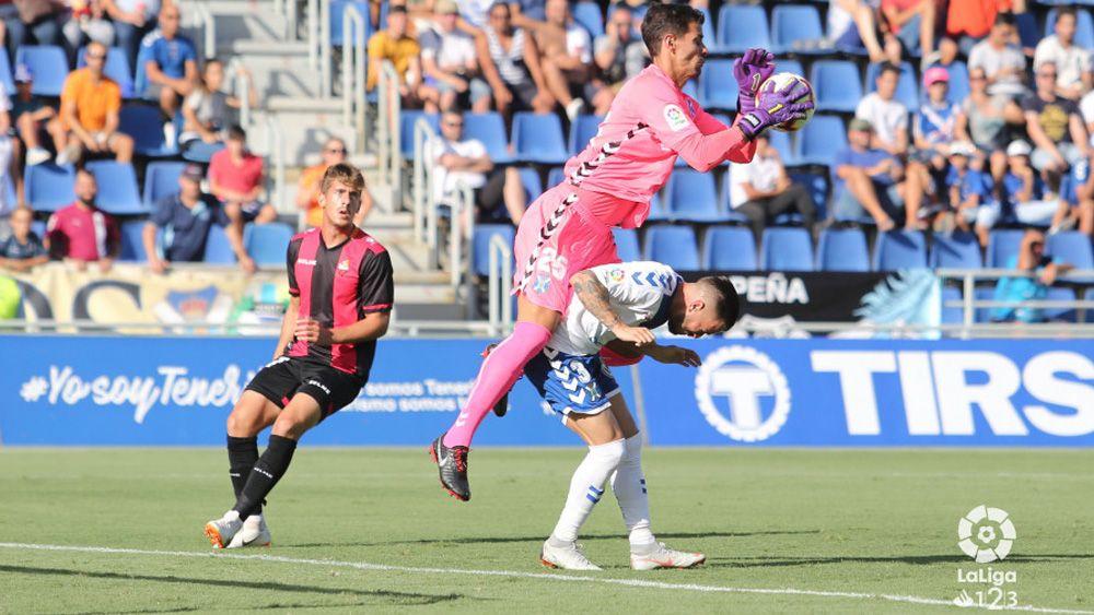 La alarmante falta de gol del CD Tenerife, ante un Reus que supo sufrir