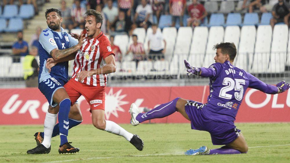 El CD Tenerife, un blanco fácil para los equipos de la Liga 123