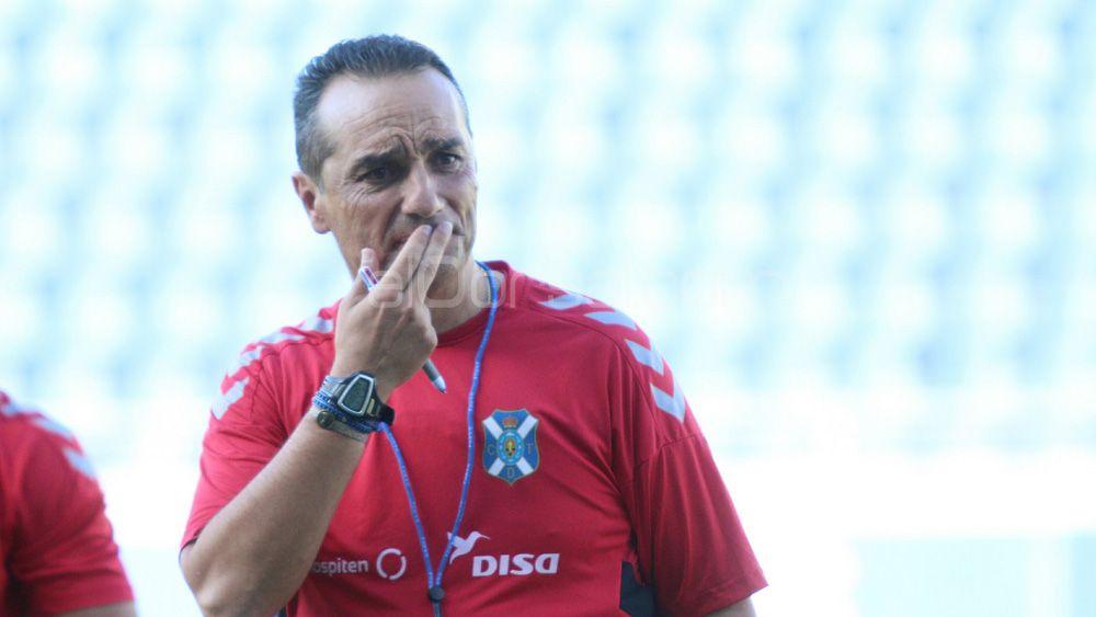 Jose Luis Oltra se pone duro con los jugadores del CD Tenerife