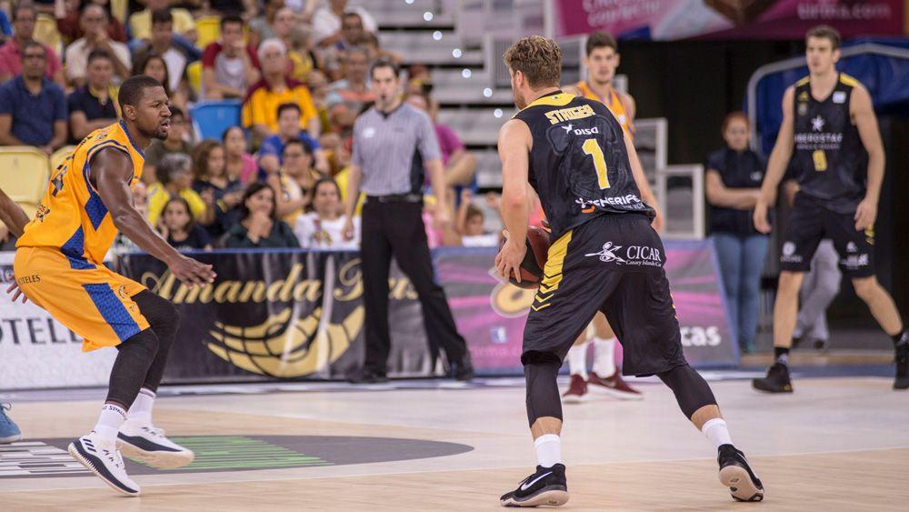 Lucca Staiger y un contratiempo para el Iberostar Tenerife en forma de lesión