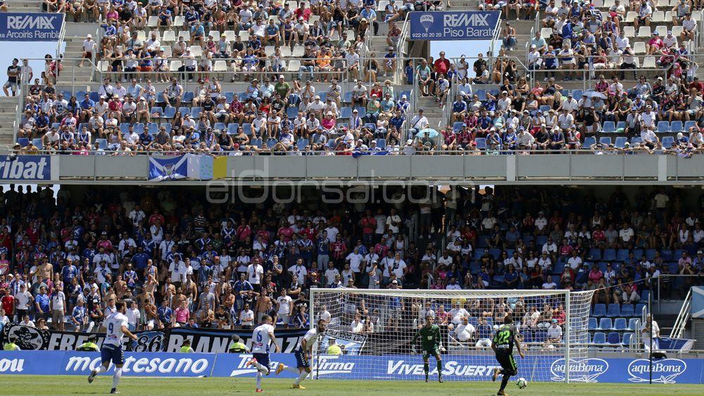 El CD Tenerife sancionado por la Real Federación Española de Fútbol