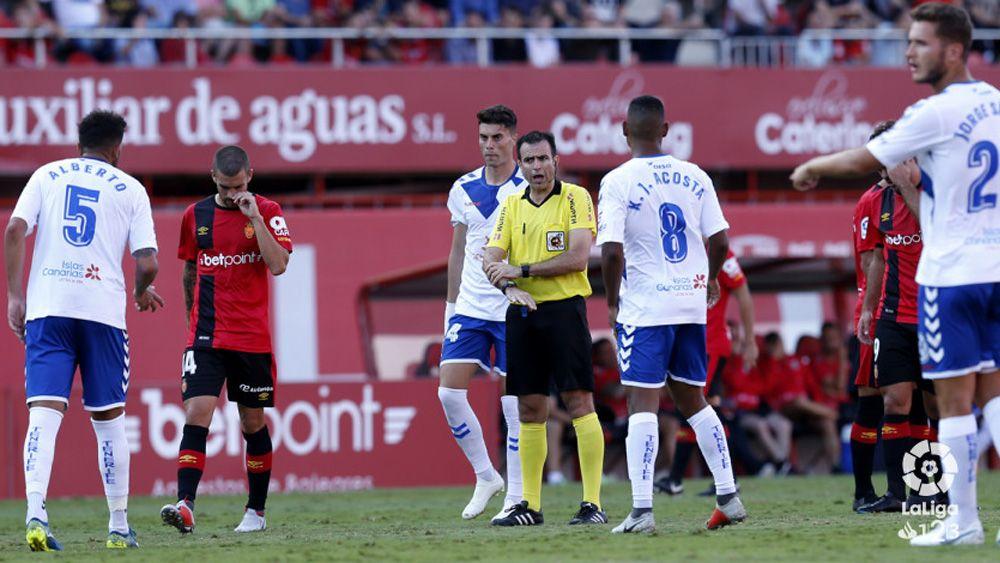 El CD Tenerife volvió a encajar cuatro goles a domicilio tres años después