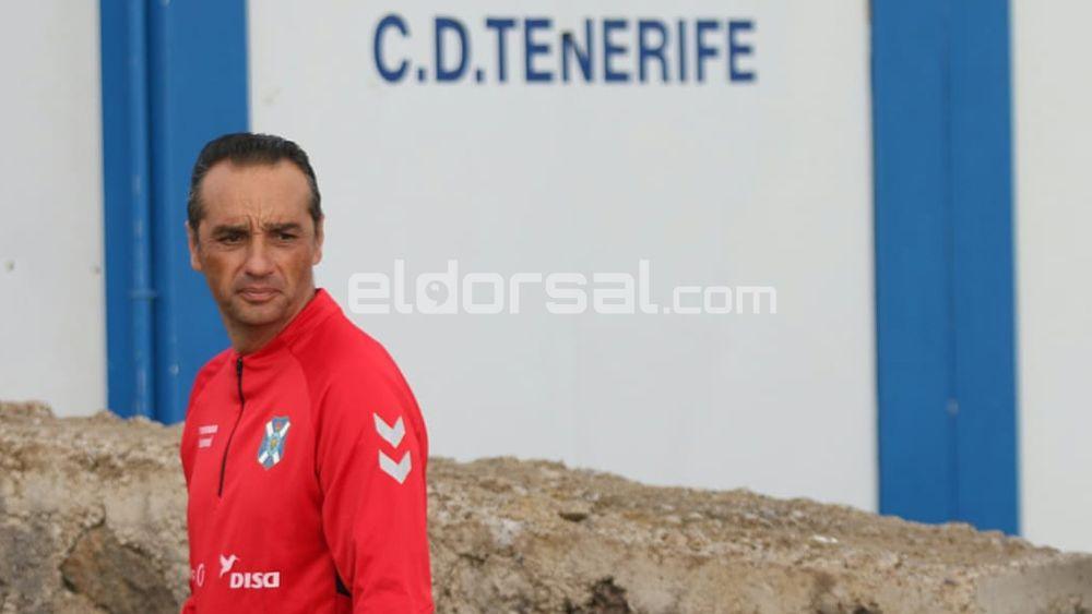 Oltra emula el gris inicio de Raúl Agné con el CD Tenerife
