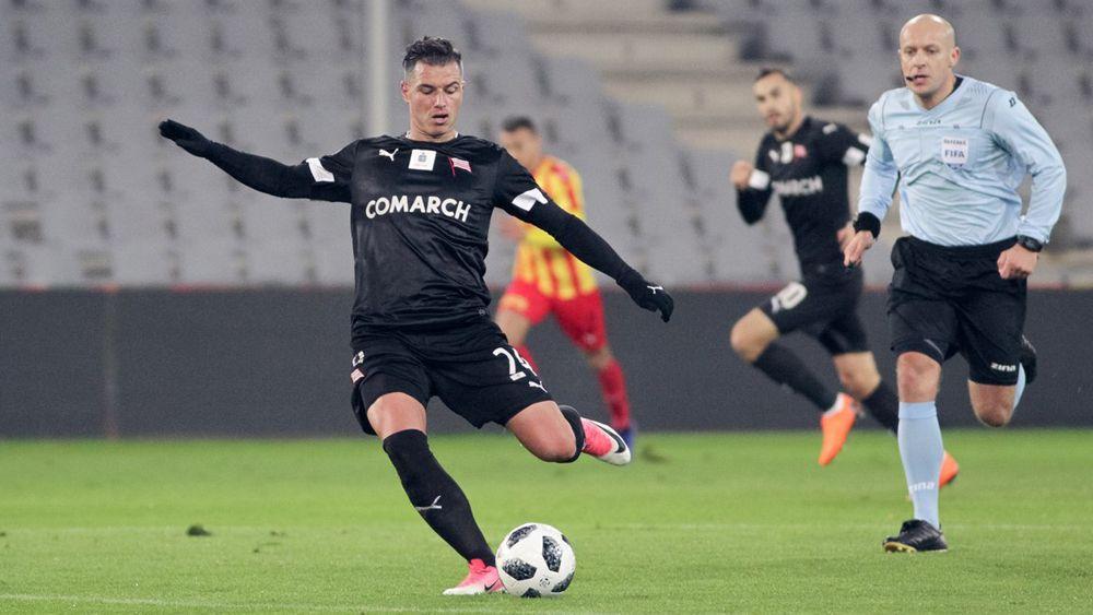 El idilio del ex del CD Tenerife Airam Cabrera con el fútbol de Polonia continúa