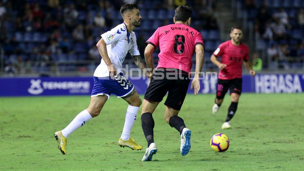 Tyronne, titular en el CD Tenerife diez meses después
