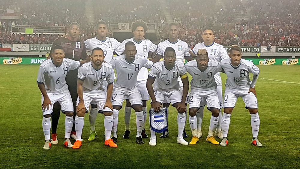 El jugador del CD Tenerife Bryan Acosta, titular en la derrota de Honduras ante Chile