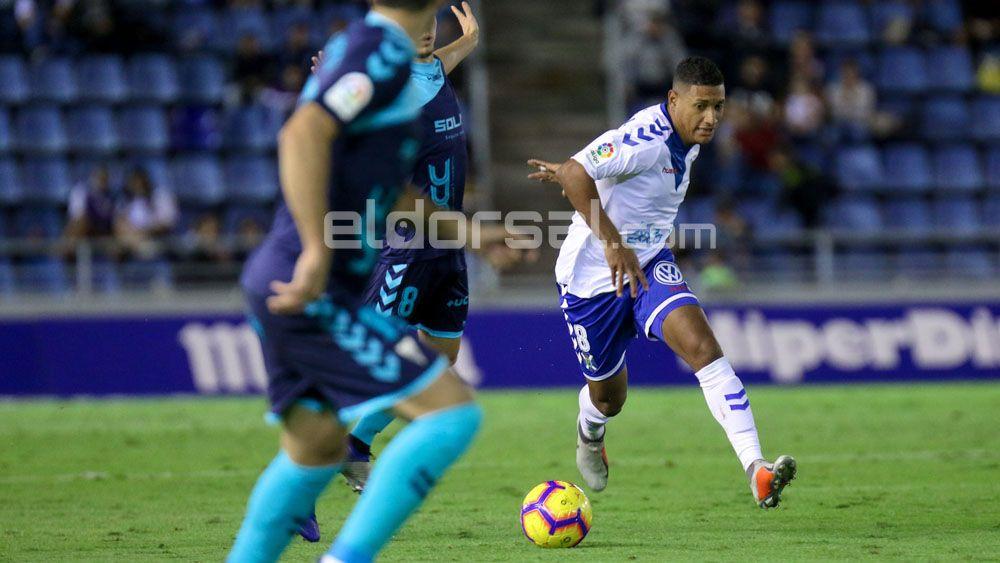 Bryan Acosta deja de ser oficialmente jugador del CD Tenerife