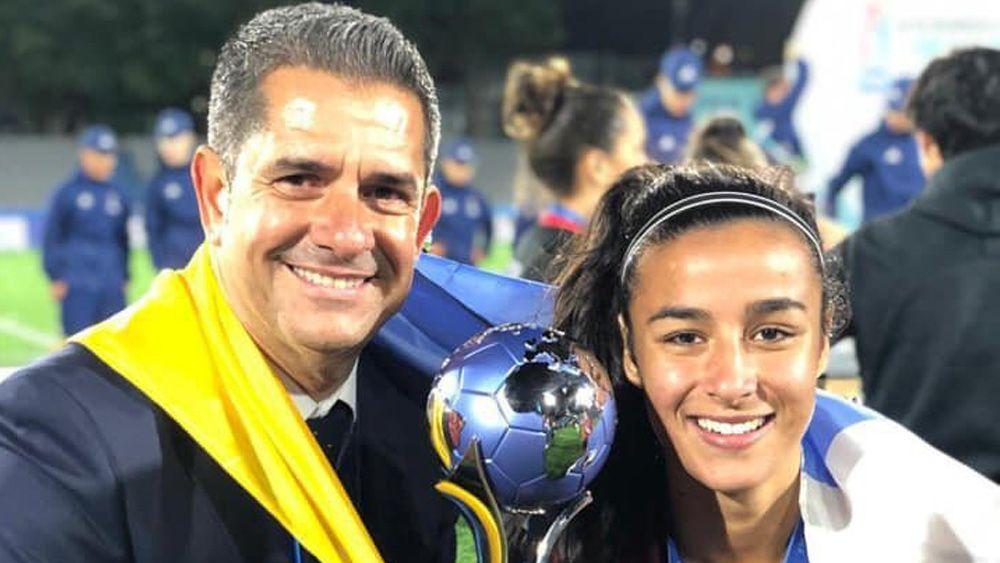 Paola Hernández y Andrés Clavijo, la bienvenida de dos históricos campeones tinerfeños