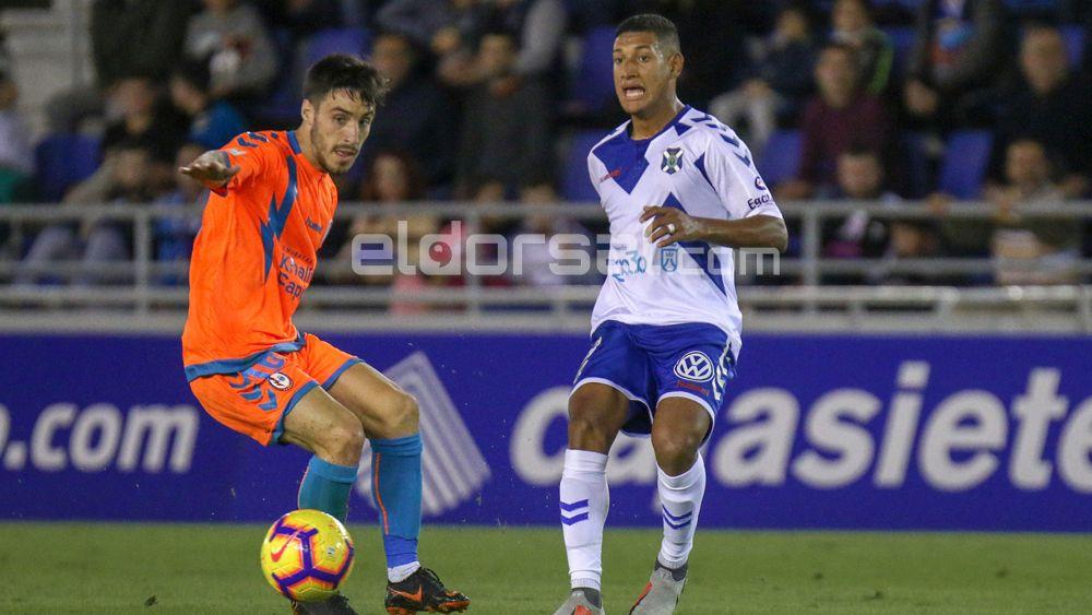La MLS vuelve a tentar al jugador del CD Tenerife Bryan Acosta