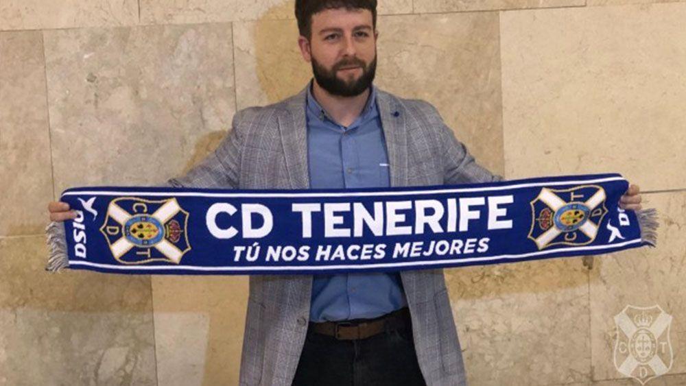 """Víctor Moreno: """"El CD Tenerife no tiene techo y ya ha estado en Primera"""""""