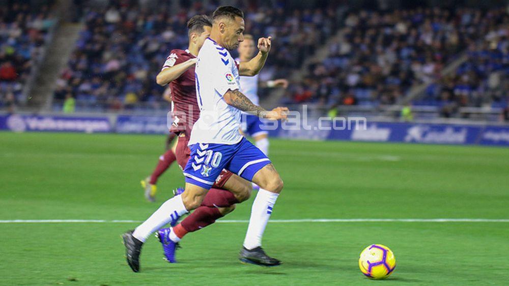 Suso, elegido el mejor del CD Tenerife en la derrota ante el Córdoba