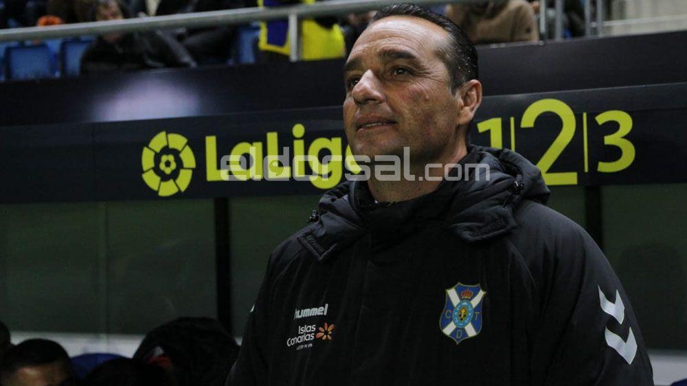 """Oltra: """"El 1-0 que encaja el CD Tenerife es mala suerte"""""""