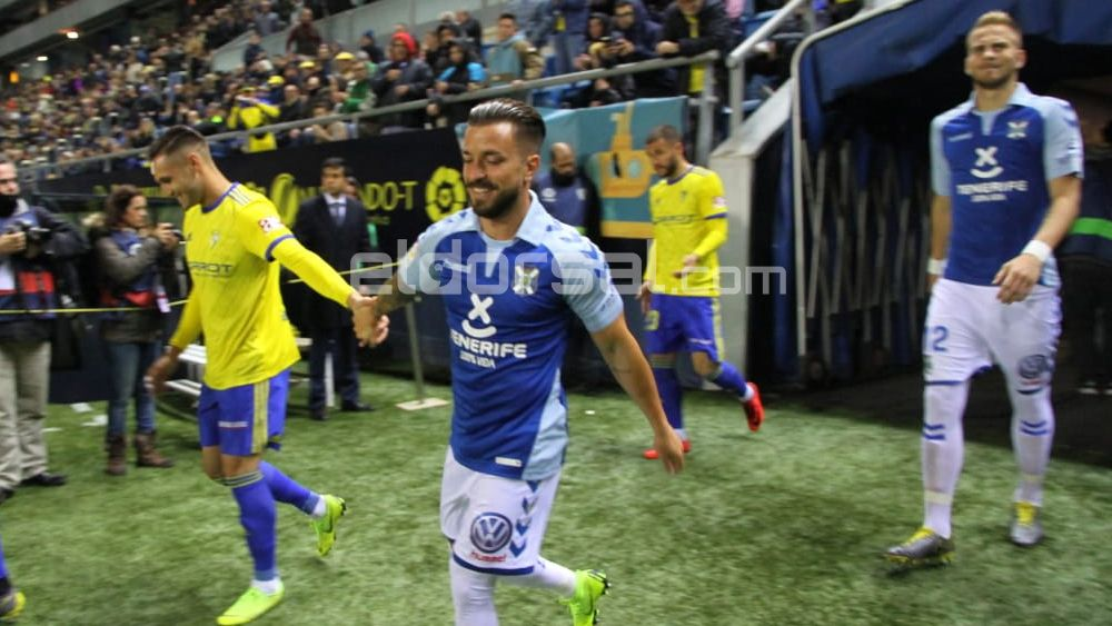 Héctor Hernández, el mejor del CD Tenerife en Cádiz