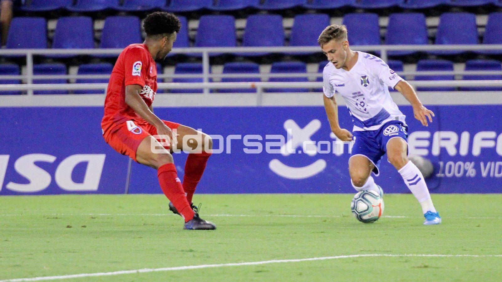 El delantero del CD Tenerife Dani Gómez / @jacfotografo