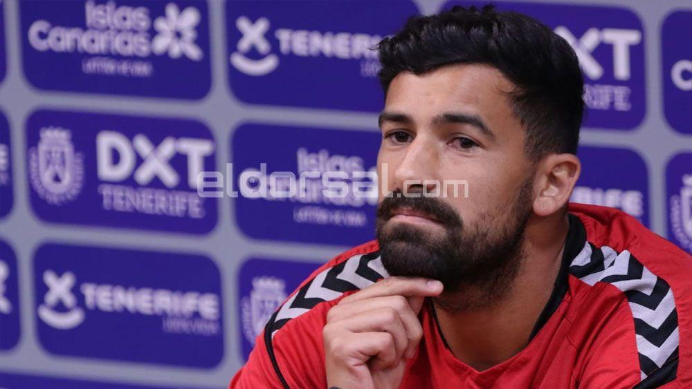 Alberto CD Tenerife en sala de prensa