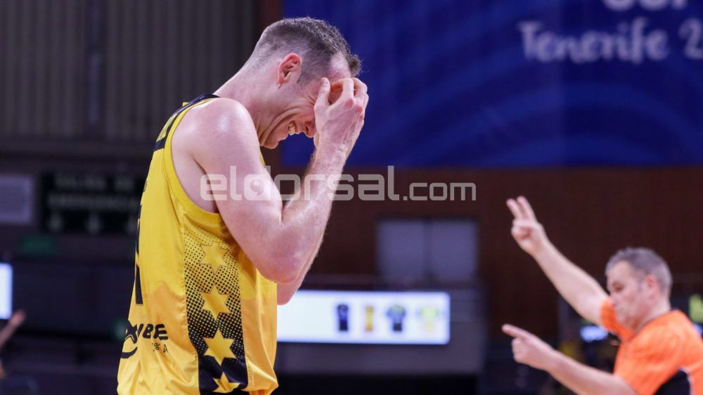Marcelinho Huertas se lamenta Iberostar Tenerife