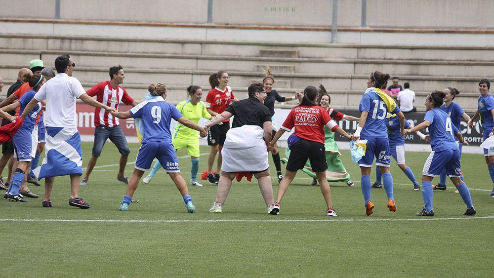 Fiesta de ascenso a Primera de la UDG Tenerife ante el Betis | Cedida @3quifes