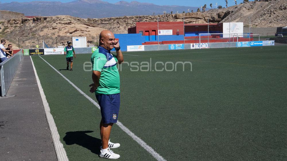 """Ayala: """"Hemos ganado jugando de una forma diferente a la habitual"""""""