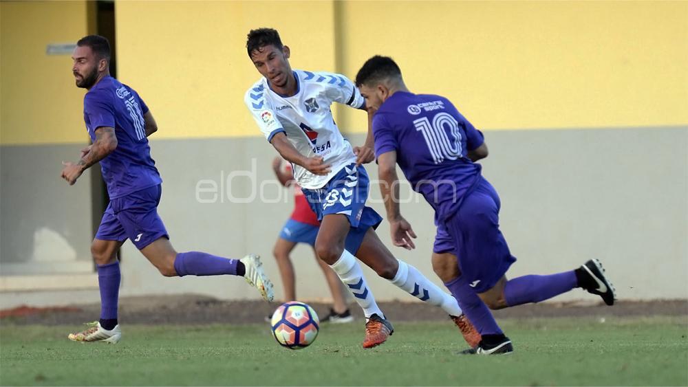 Ibarra-Tenerife B y Las Palmas Atlético-Marino, platos fuertes de la jornada