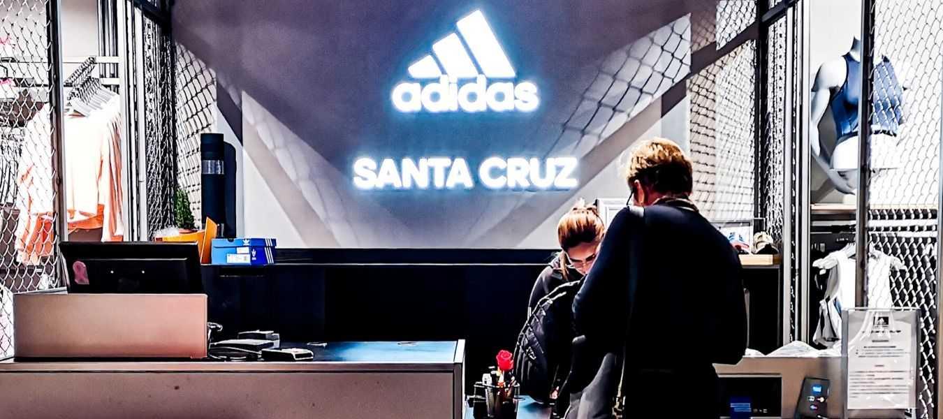 Atención al cliente Adidas Santa CRuz