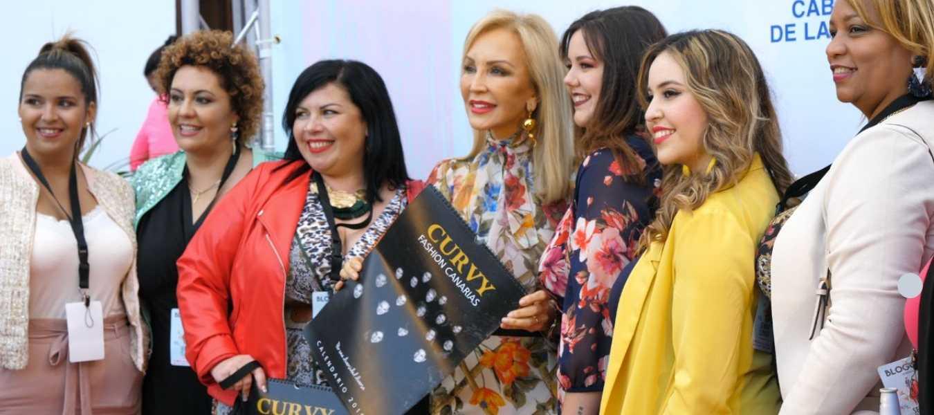 En la presentación del Calendario Curvy Fashion junto a Carmen Lomana   CEDIDA